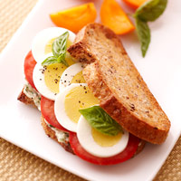 Sliced Egg & Tomato Sandwich