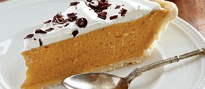 Low-Calorie Spiced Pumpkin Chiffon Pie