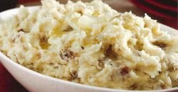 Healthy, Holiday Garlic Mashed Potatoes